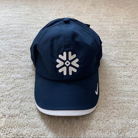 NWT Nike Navy Blue Snowflake Golf Perforated Cap